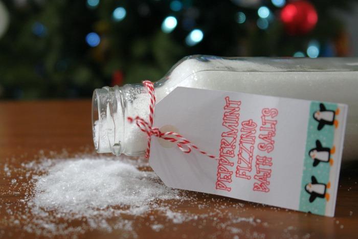 Fizzy Peppermint Bath Salts, DIY Christmas Gift, Homemade Christmas Gift, DIY Gift, Essential Oils