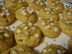 Green Holiday Guide: One Cookie Three Ways