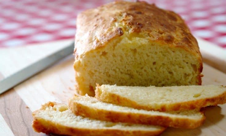 cheese bread on cutting board