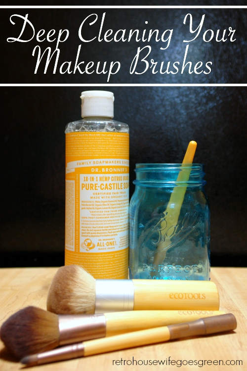 Clean Your Makeup Brushes, Naturally!