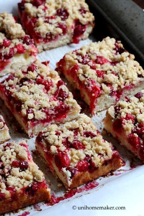 Cranberry-Apple Crumb Cake