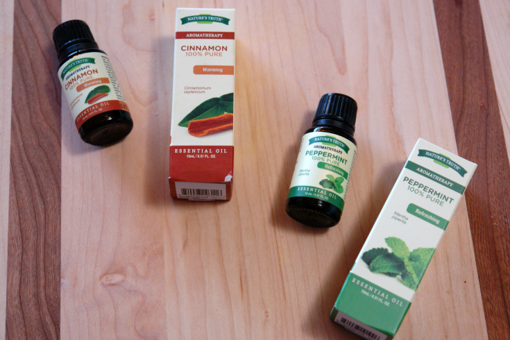 cinnamon and peppermint essential oils