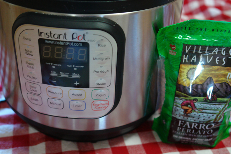Bag of farro with Instant Pot