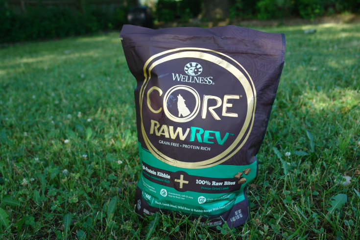 Feeding your dog raw food safely and easily, raw dog food, healthy pet food, unleash the power of raw #sponsored #RawRevolution
