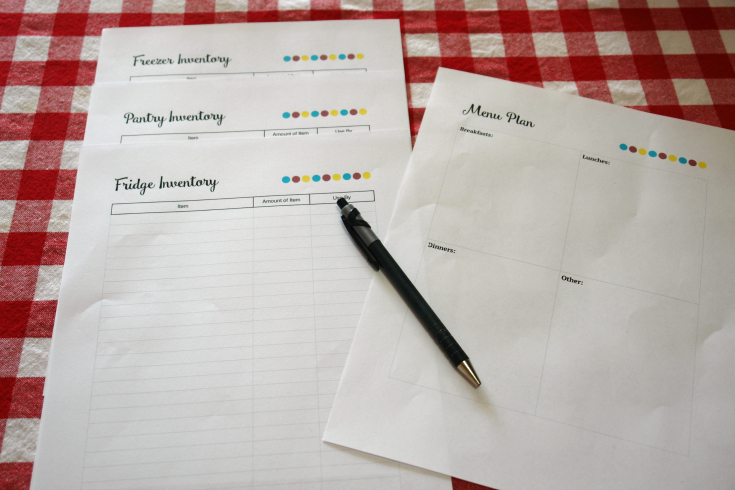 meal planning printables on table