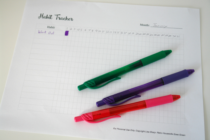 Creating New Habits- Free Printable Habit Tracker #freeprintable #goals