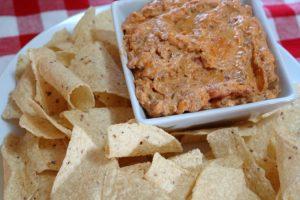 Easy Taco Queso Dip