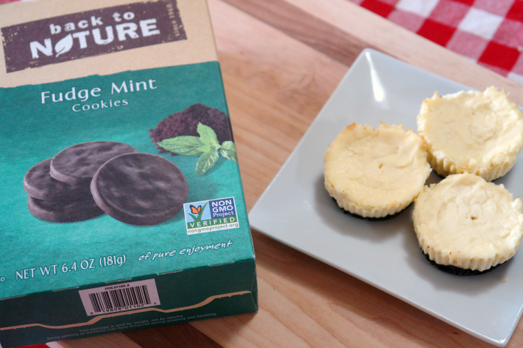 Mini Mint Cheesecakes, Mini Cheesecakes, #dessert