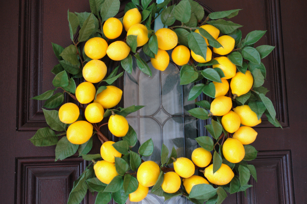 lemon wreath on brown front door