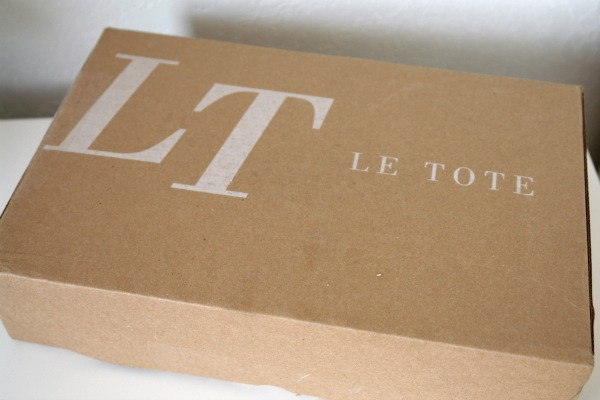 closed Le Tote box