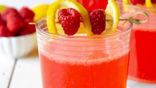 Fresh Raspberry Lemonade